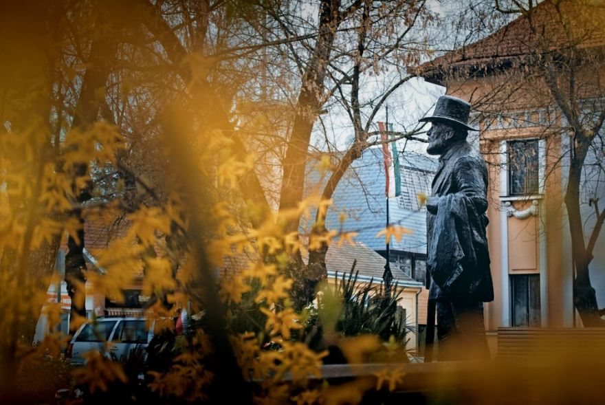 Kossuth-Denkmal