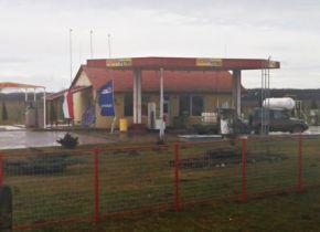 Diszkont Petró Tankstelle