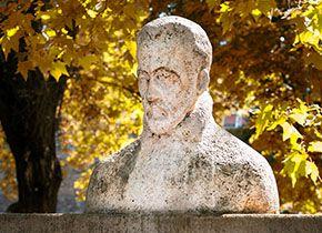 Bust of historian Istvánffy Miklós