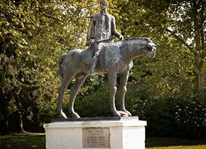 Zrínyi Miklós hadvezér lovas szobra